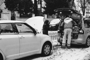 Women car help ADAC Pannendienst